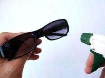 Как отполировать стекло очков от царапин
